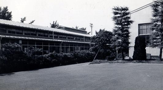 1958年(昭和33年)4月化学工学科設置